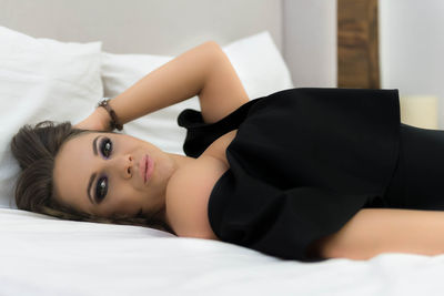 Nohemi - Escort Girl from New Haven Connecticut