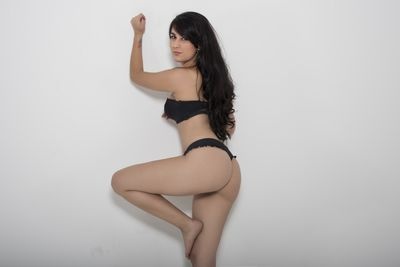 Middle Eastern Escort in Des Moines Iowa