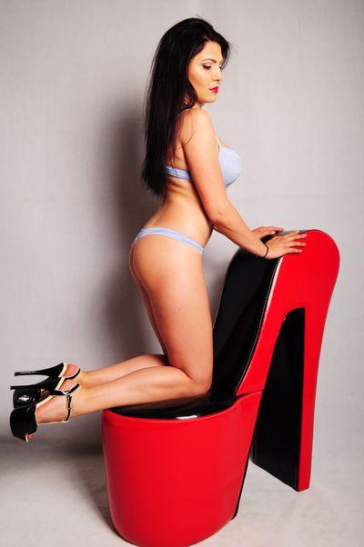 Sylvia Reyna - Escort Girl from Dayton Ohio