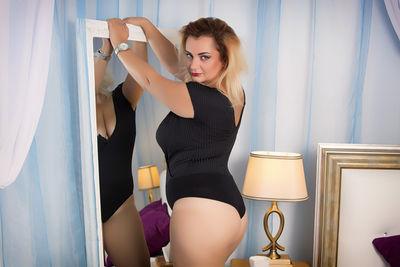 Tatiana Sparks - Escort Girl from Nashville Tennessee