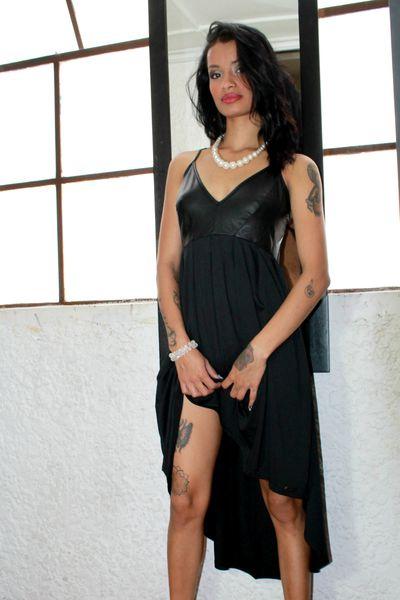 UVITA - Escort Girl from Pearland Texas
