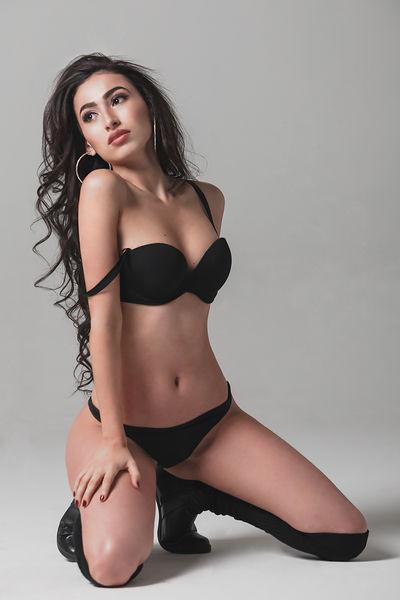 Wen Brenner - Escort Girl from Huntington Beach California