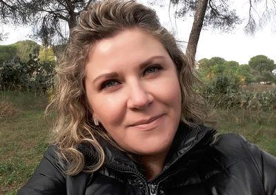 Katie Simons - Escort Girl from Sacramento California