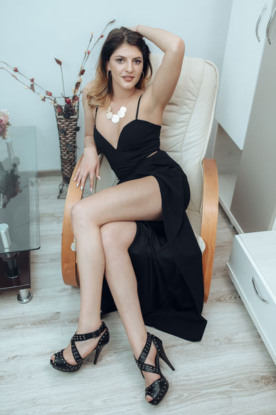 amor Sara - Escort Girl from Pembroke Pines Florida
